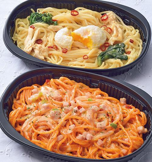 チースパ ナポリタン/とろ~り卵と菜の花のペペロンチーノ